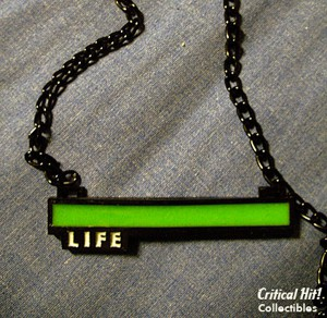life-bar-necklace-by-critical-hit-collectibles