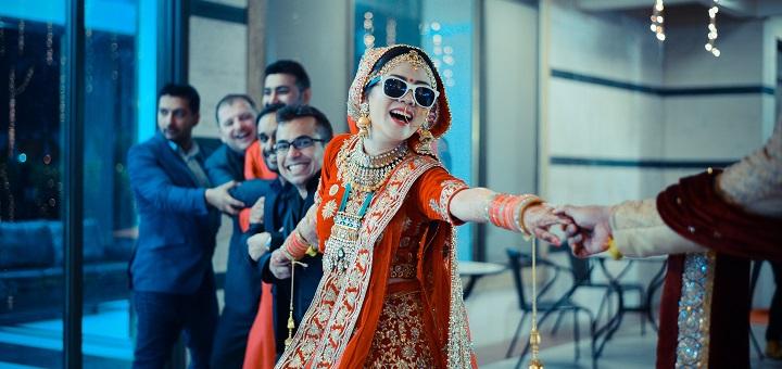 Danse. Photo by Diksha Arya on Unsplash