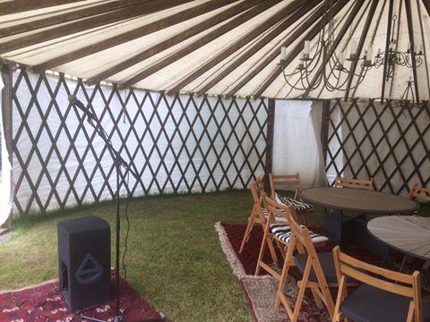 Pop-up teltet klar til publikum