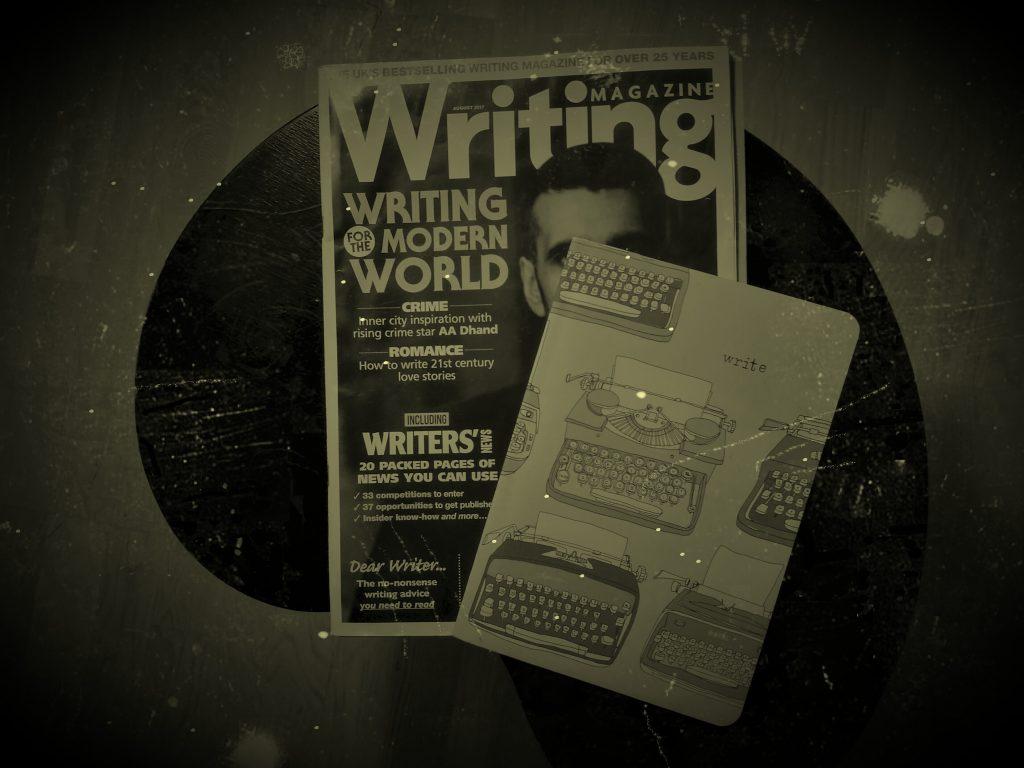 Taknemmelighed. Billede af gave: Writing magasin og notesbog